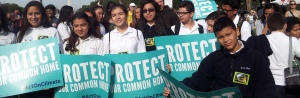 Sacred Heart 7th & 8th Graders in Washington DC on the National Mall to support Pope Francis' climate initiative